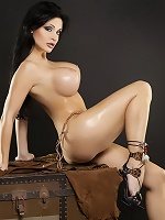 The glamorous side of this beauty Aletta Ocean